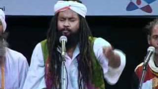 Akkash Fakir performing at India Habitat Center, Delhi.mpg
