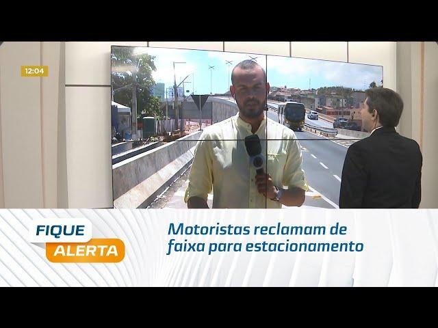 Motoristas reclamam de faixa para estacionamento em Jacarecica