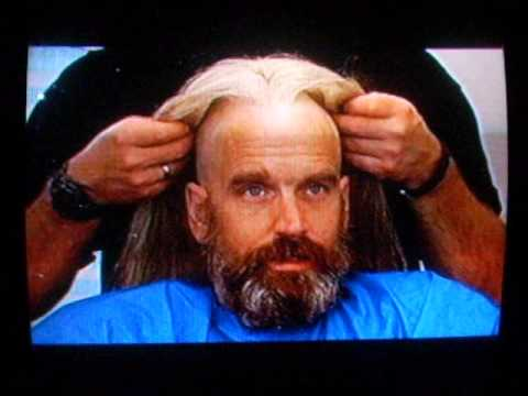 Bill Moseley getting fitted for his wig in The Devil's Rejects