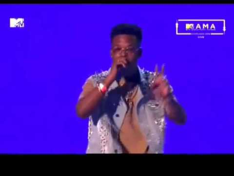 FUTURE BRINGS OUT NASTY C ON STAGE LIVE @MTV MAMA 2016