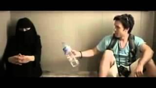 Download Video WAJIB DI TONTON   Seorang Lelaki Terjebak Di Dalam Lift Bersama Wanita Bercadar MP3 3GP MP4