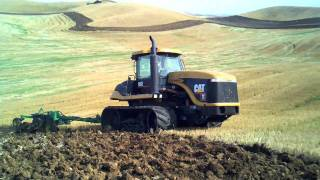 Caterpillar Challenger 95E plowing on the Palouse