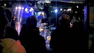 XL-TARGET (Doran Bros.) feat. Joe Bowie (DEFUNKT)