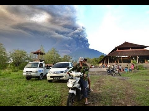 Agung Volcano - Bali, Indonesia - Eruption Intensifies - Ash to 30,000 ft - Cosmic Ray Connection