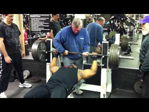 Chad 475 Pound Bench Press