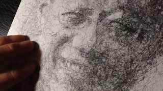 趣味で絵を描いてます。ボールペンの先端のパーツを外しているのは極力...