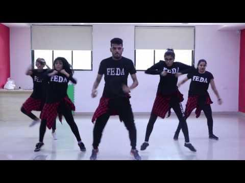 DANCE MASHUP