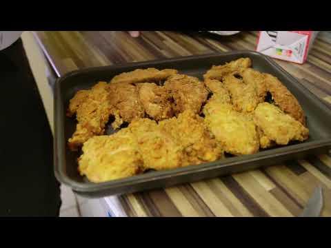 KFC FOOD DONATIONS BIRMINGHAM   Livingstone House Sept 2017
