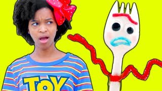 TOY STORY Forky vs Shiloh and Shasha - Onyx Family