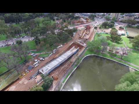 O-Bahn Busway: cutting thru Rymill and Rundle Parks: Adelaide Park Lands