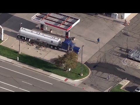 RAW: Fuel spill in Parker