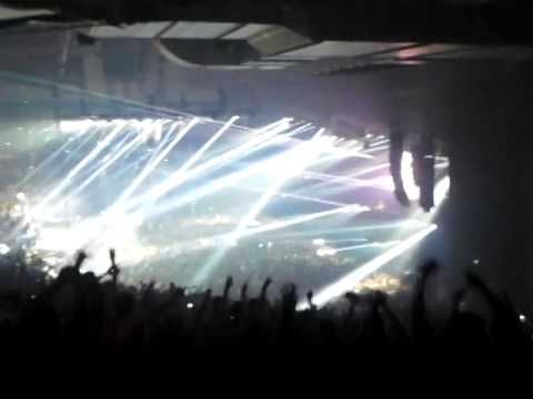 Tiesto in the o2 Dublin lethal industry, silence & adagio for strings