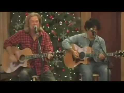 Daryl Hall & John Oates - JINGLE BELL ROCK - Live from Daryl's House
