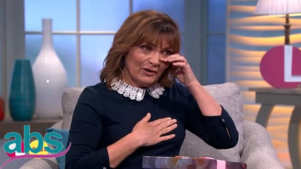 Discussion on this topic: Lorraine Kelly breaks down in tears as , lorraine-kelly-breaks-down-in-tears-as/