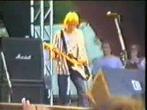 Nirvana Love Buzz 06/27/92 - Kansanpuisto (Ruisrock), Turku, FI