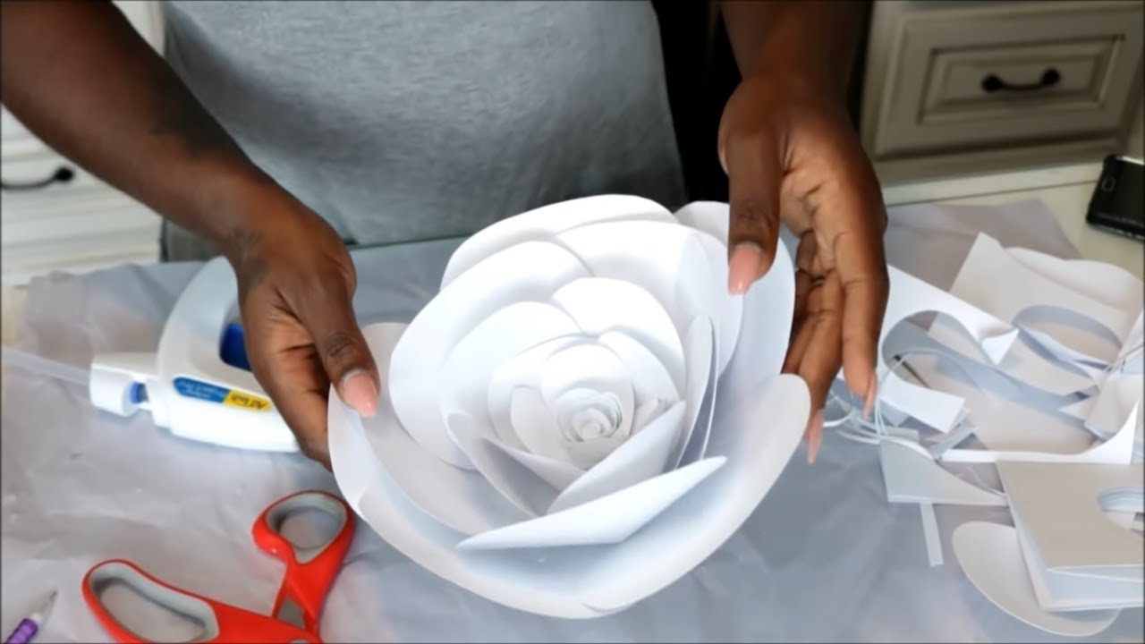 Diy large paper flower backdropvideo background youtube mightylinksfo