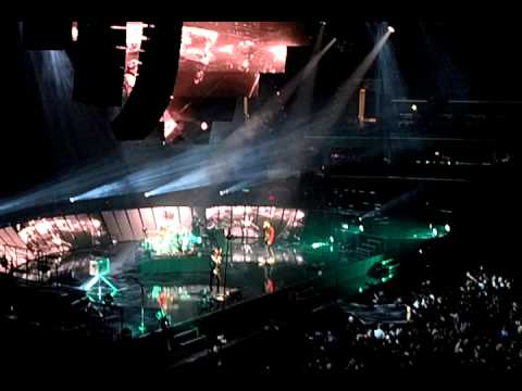 supermassive black hole live-#17