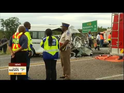 Limpopo minibus taxi and bakkie accident claimed 13 lives
