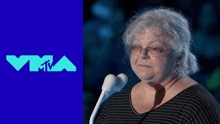 Heather Heyer's Mom Introduces 'Fight Against the System' Award | 2017 VMAs | MTV