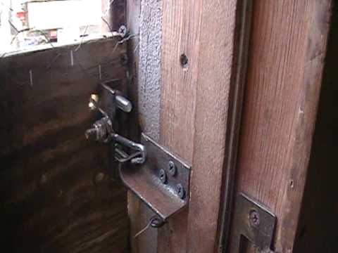 How To Make A Door Latch Mexican Style Youtube