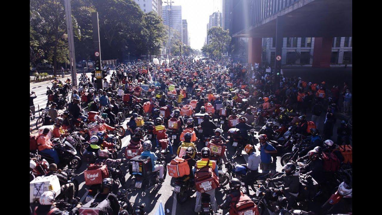 Em manifestações, entregadores exigem boas condições de trabalho ao Ifood, Rappy e Uber Eats