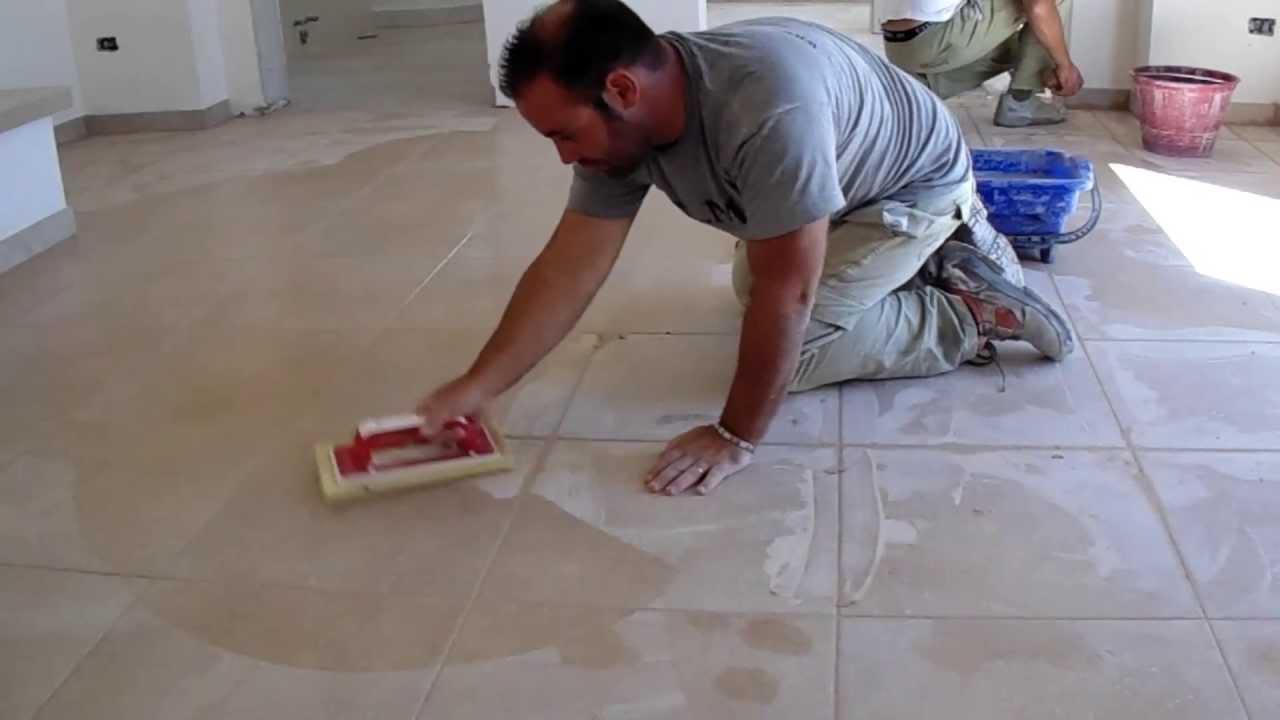 Plm pavimenti in pietra posa di piastrelle sampietrini scale in marmo basole anticate a alezio - Posa piastrelle cucina ...