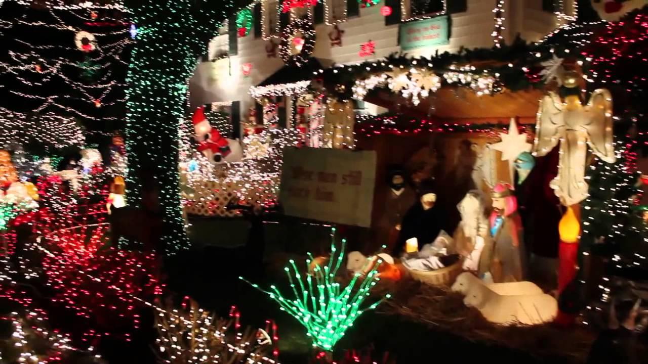 West Seattle Christmas Lights Menashe Family Display