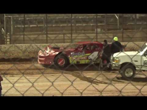 12/07/19 Super Street Feature Race - cars hit the walls