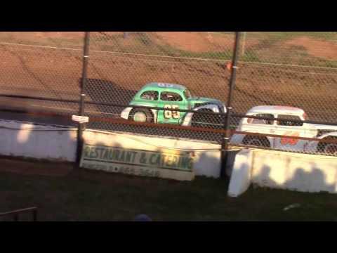 Springfield Raceway Legends Heat Races 11/26/16