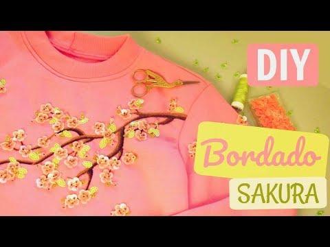 🌸 Moletom Sakura 🍃 Bordado de Flor de Cerejeira 3D com Paetês e Muranos