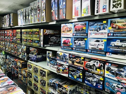 Shopping at Kwong Wah Street HK and the Special LiPo's that fit vintage Tamiya's