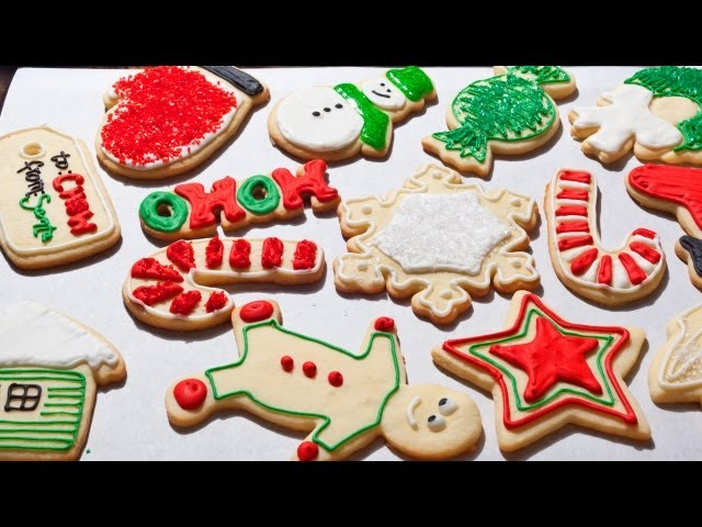 refrigerate until firm about 2 hours preheat oven to 350f lightly grease 4 cookie sheets on lightly floured surface roll out dough to 18 - Pictures Of Decorated Christmas Sugar Cookies