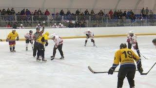 В Верхней Салде прошёл хоккейный матч памяти Василия Татаринова