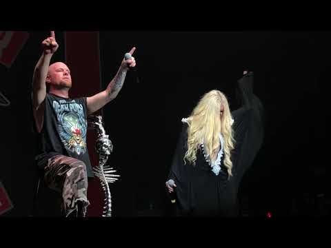 5 Finger Death Punch with Maria Brink performing The Bleeding @Rock Allegiance in BB&T Amphitheater