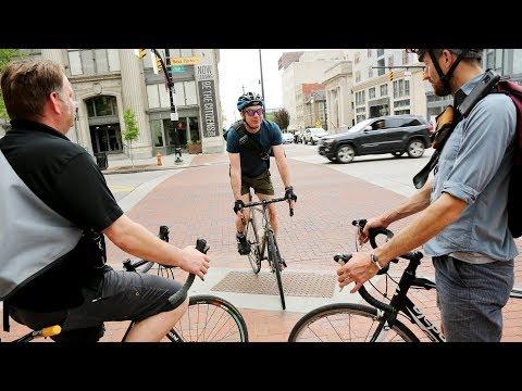 Bike Messengers dwindling in numbers but not spirit