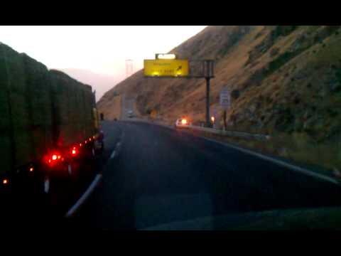Truck loose brake in grapevine,ca  I-5 north
