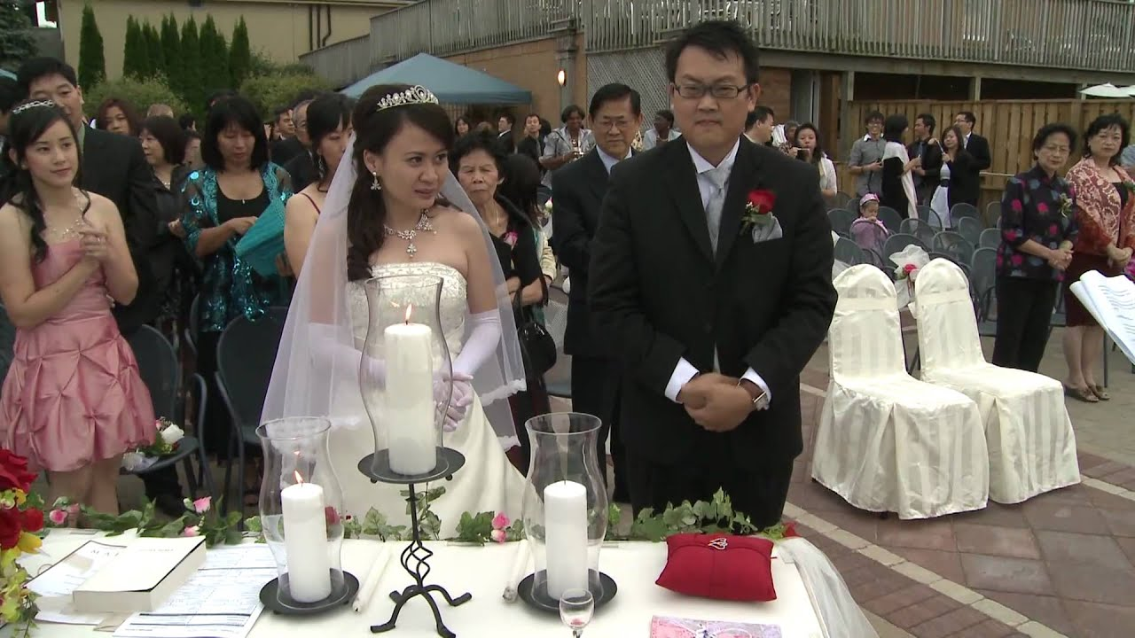 Unity Candle Lighting An Indonesia Wedding Ceremony Toronto Best Videographer Photographer Gta