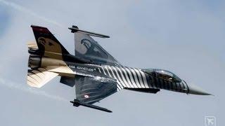 F-16 Solo Turk - Air Show Radom 2013 - Turkish Air Force