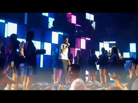 ΞΗΜΕΡΩΜΑΤΑ Πόλεμος λουλουδιών στο φινάλε του Fantasia live ΑΡΓΥΡΟΣ -  Όσα νοιώθω