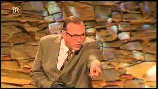Georg Schramm - Systematische Volksverdummung durch die Medien (10:00 min)
