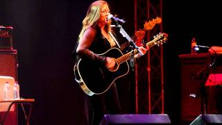 Watch Carlene Carter Foggy Mountain Top video