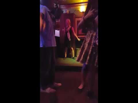 Beyonce Halo Karaoke Frankfurt 2016