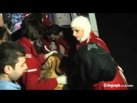 Red Crescent starts Homs evacuation