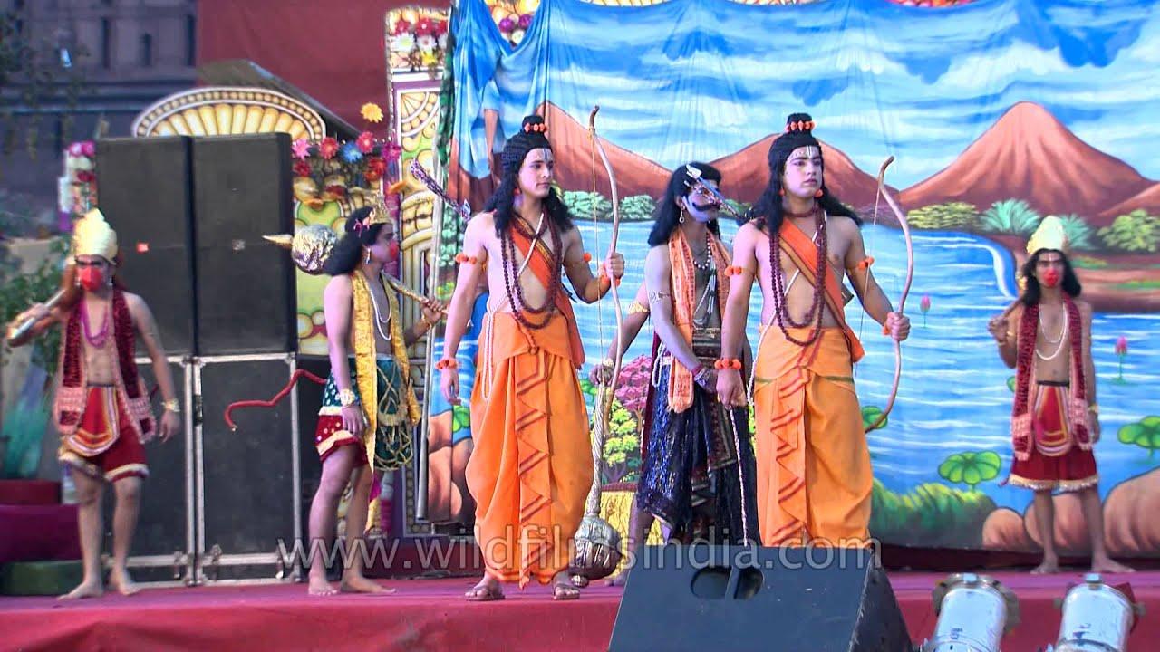 Colourful stage of Lav Kush Ramlila, Delhi - YouTube
