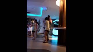 클럽메드, 빈탄, 엄마의 댄스
