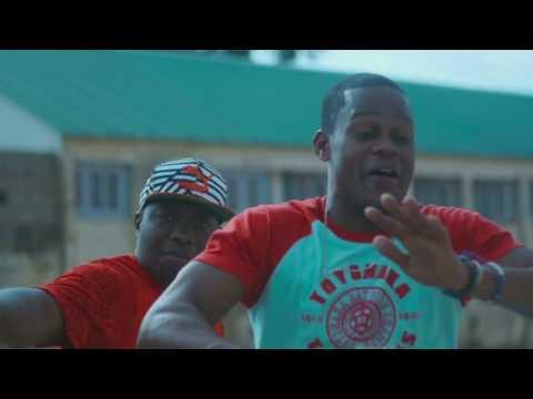 Young Snazzy - Um Gajo Nao Bica ( ft Kamane)