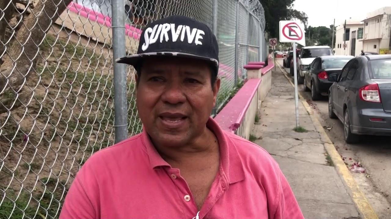 """Migrantes varados en México esperan """"in extremis"""" un nuevo destino con Biden  - YouTube"""