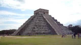 世界遺産 チェチェン・イツァのピラミッド(20091228)