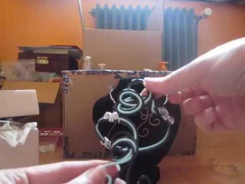 Tuto fil alu bague bouton doovi - Comment faire un bracelet avec des boutons ...