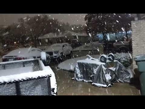 Snow on December 7, 2017 Bryan, TX